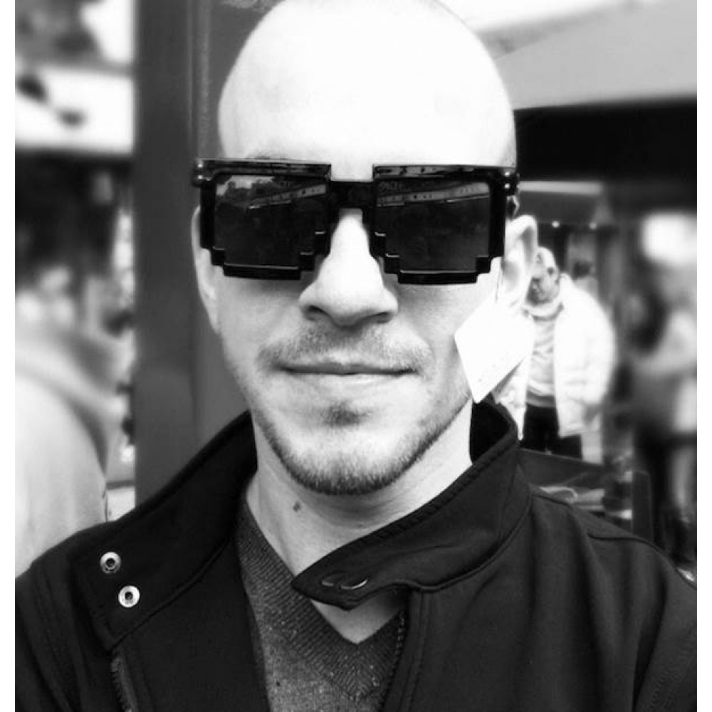 Gafas Pixeladas De Plástico