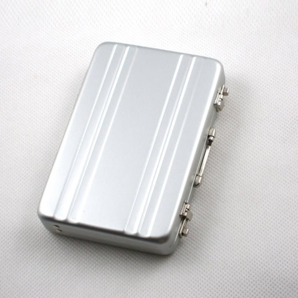Tarjetero Aluminio. Parece Maletín